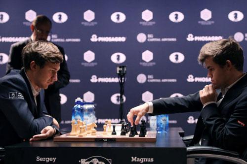 Magnus Carlsen bảo vệ thành công chức vô địch cờ vua thế giới 3 lần liên tiếp
