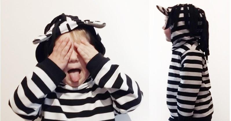 zebra kostuem aus littleleglove und herzbube mara zeitspieler
