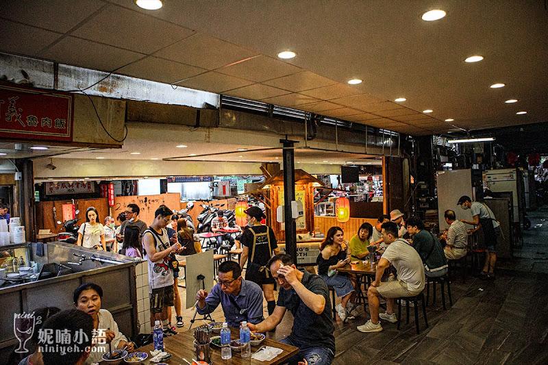 【華西街夜市美食】小王煮瓜。必比登!網評盛讚『黑金滷肉飯』