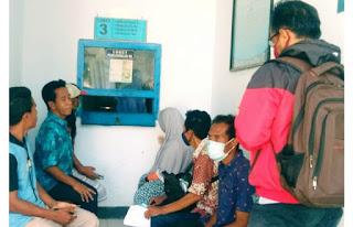 Warga Puji Pelayanan Cepat Administrasi Kependudukan di Kantor Disdukcapil Kobi