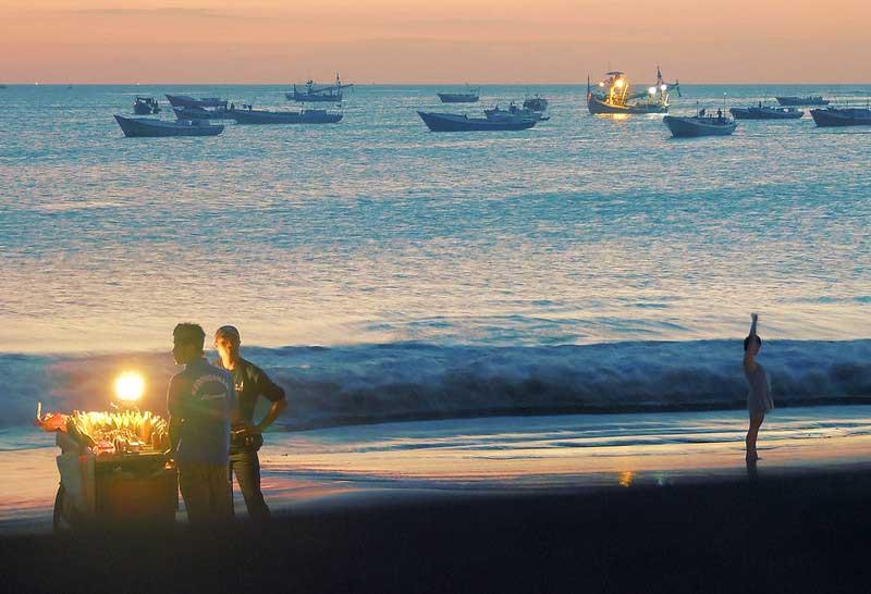 Harga Tiket Masuk Pantai Jimbaran Bali