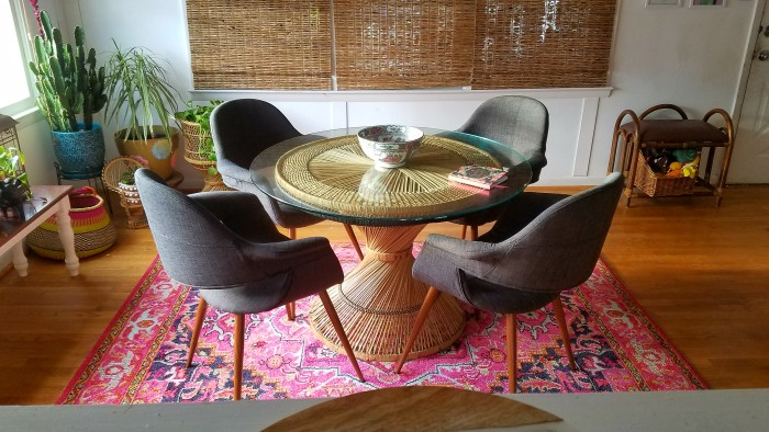 Airy bohemian dining room - The Boho Abode