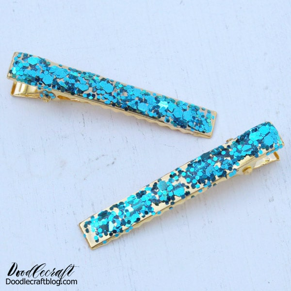 choice of size Very glittery gold resin hairclip