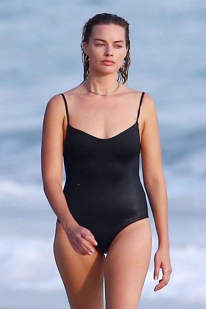 Margot Robbie Latest Photo Gallery