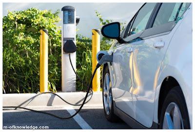 المغرب يدشن خط إنتاج لمحطات الشحن الخاصة بالسيارات الكهربائية