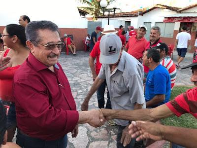 Em Araruna, Zé Maranhão pede a opinião do povo paraibano para futura candidatura