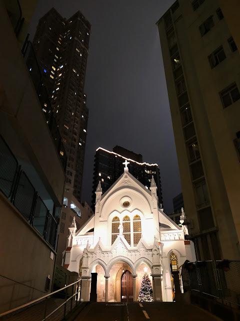 聖母無原罪主教座堂夜景