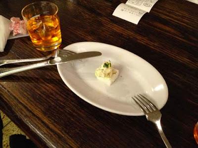 Spritz all'Aperol e cicheto al baccalà mantecato a Tokyo