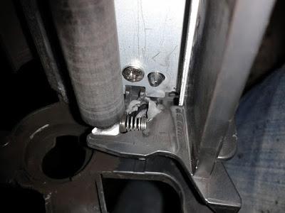 Colocar pasador de tóner HP 05A