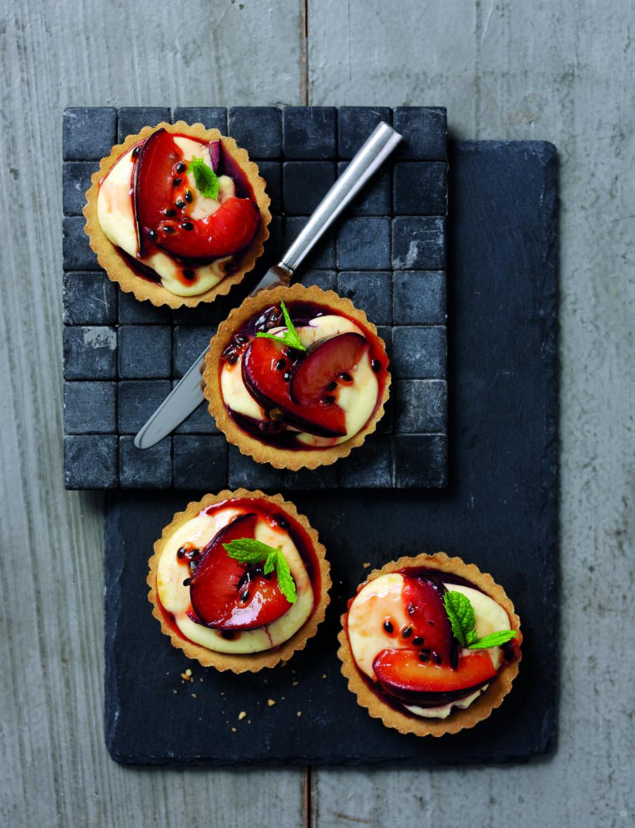 Plum Beautiful Cheesecake Tarts To Make