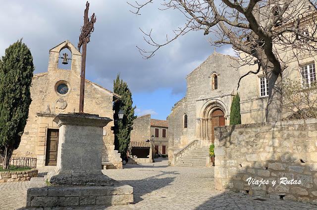 Iglesia de San Vicente y Capilla de los Penitentes blancos de les Baux de Provence