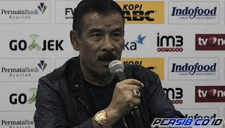 Umuh Pastikan Persib Bandung Batal Rekrut Erivelto Emiliano da Silva