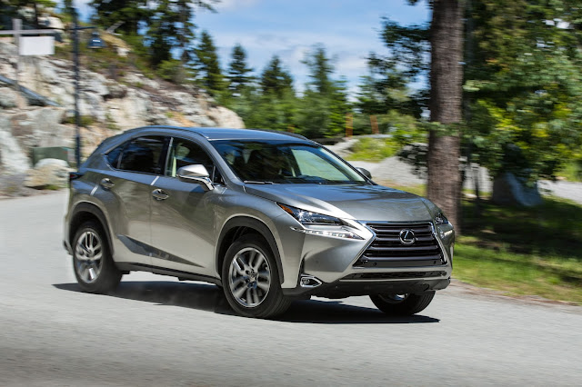 Front 3/4 view of 2016 Lexus NX 200t F SPORT