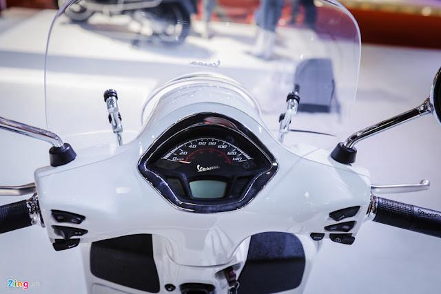 Đánh giá xe Vespa GTS Super 125-300 mới 2017 chính thức ra mắt