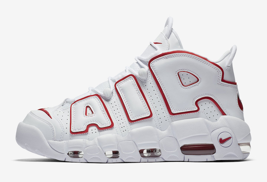 size 40 c165e e5978 This familiar Chicago-esque theme would have seamlessly fit onto the feet of  Scottie Pippen in the mid-90 s as the colour goes perfectly with the home  ...