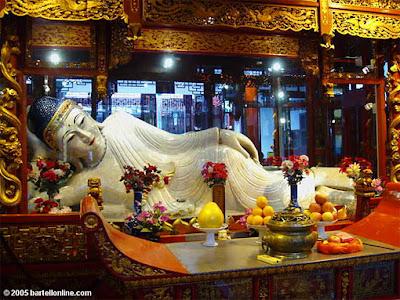 Shanghai's Jade Buddha Temple