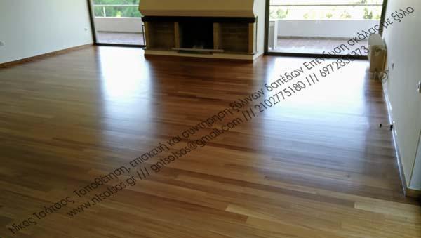 Συντήρηση σε παλιό ξύλινο πάτωμα Νιαγκόν με σατινέ βερνίκι