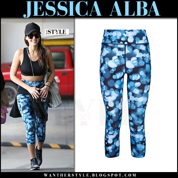 Jessica Alba in blue printed crop leggings sweaty betty zero gravity what she wore workout clothes