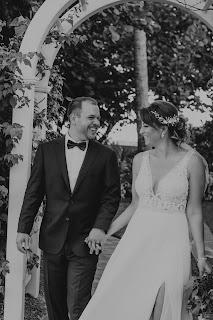 Unposed black and white photos of newlyweds.