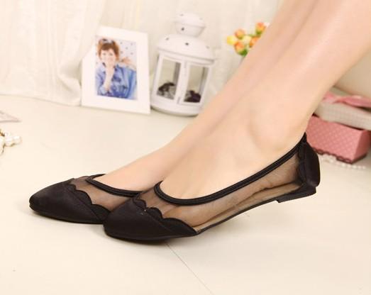Tips Menggunakan Sepatu untuk Perempuan Sesuai dengan Bentuk Kaki