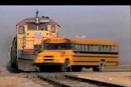Jalur Kereta Bus Sekolah