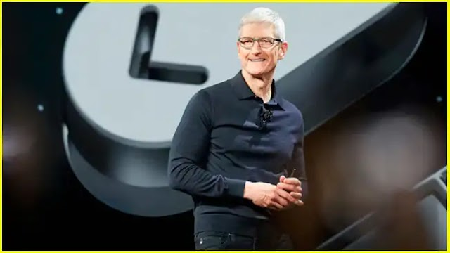 An oversight by Siri reveals the date of Apple's keynote in April