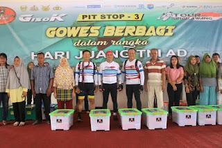 Gowes Berbagi Warnai Keikutsertaan Wakasad pada Event Tour De Singkawang