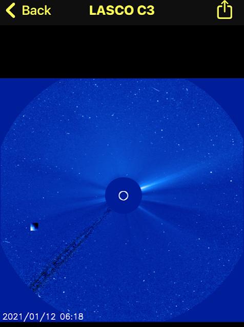 OVNI cubo del tamaño de la luna visto cerca del sol el 12 de enero de 2021 2