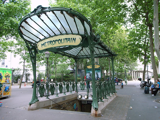 As estações de metrô mais bonitas e diferentes de Paris - Abbesses