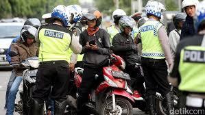 Siap-siap! Polisi akan Datangi Rumah Pengendara dengan STNK Mati