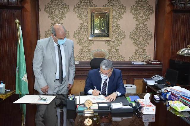 محافظ المنيا  يوافق على النزول بمجموع القبول بمدارس الثانوي العام والفني