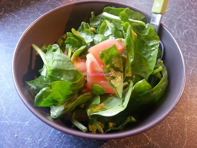Insalata di spinaci e pomodoro