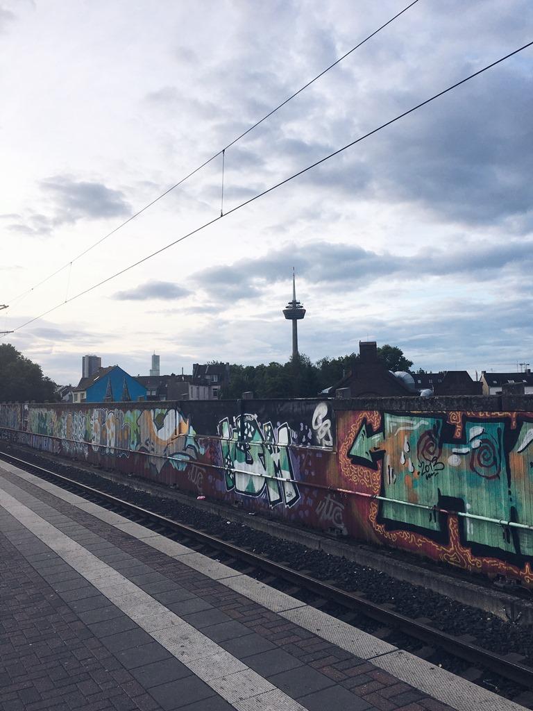 Bahnhof Ehrenfeld Köln, Colonius Köln