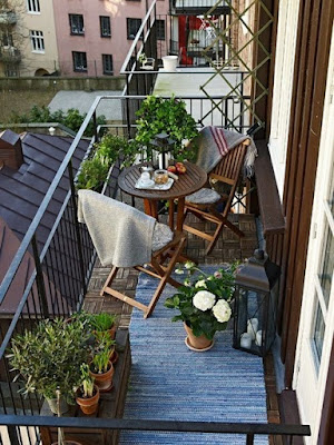 Desain Balkon Rumah Sederhana