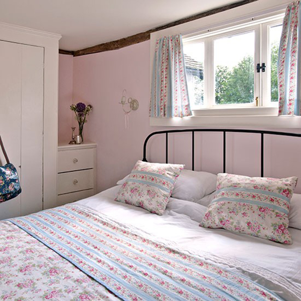 Cath Kidston duvet and bedding in country cottage bedroom