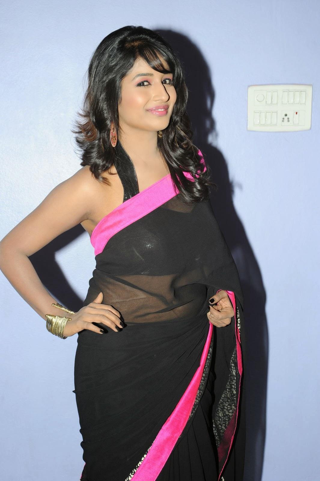 Isha Ranganath glam pics in saree-HQ-Photo-3
