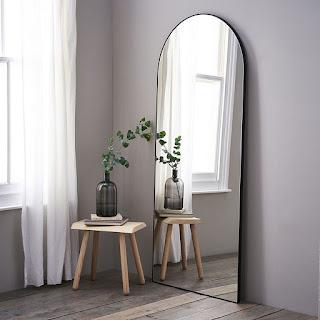 Cermin Besar agar Ruangan Tampak Lebih Luas