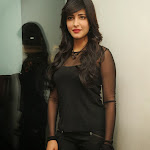 Shruthi hassan latest photos