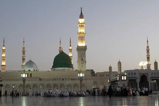 Masjid sebagai pusat Ibadah