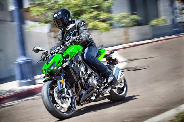 Kawasaki Z1000 2015 Di Lancarkan