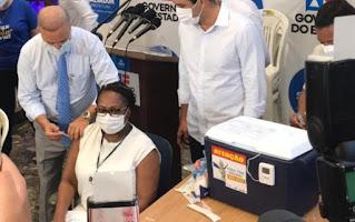 Primeira vacinada na Bahia pega Covid-19 antes de tomar a 2ª dose