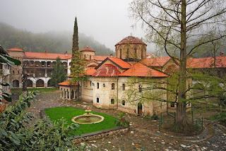 Манастирите