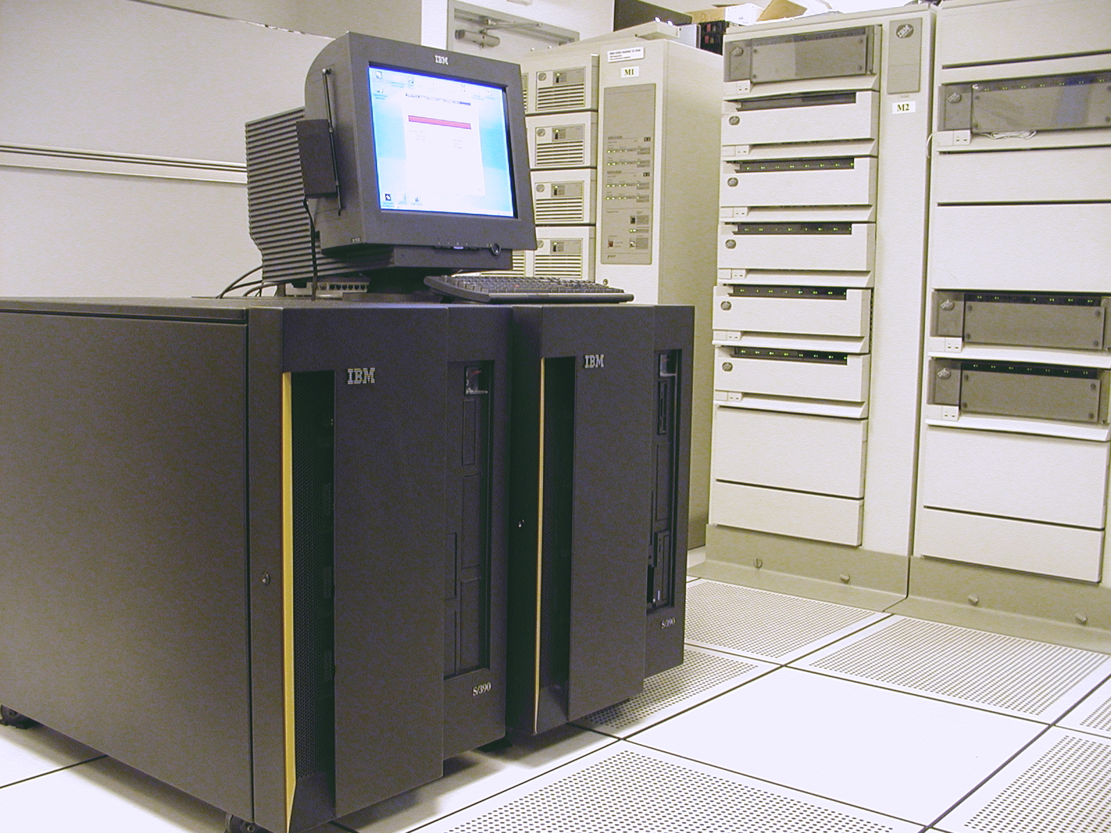 ZOs Mainframe Mainframe Computers