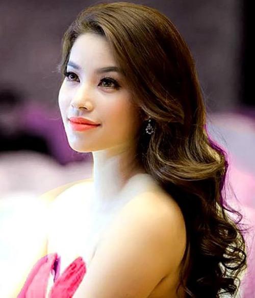 Phạm Hương được cấp phép thi Hoa hậu Hoàn vũ 2015