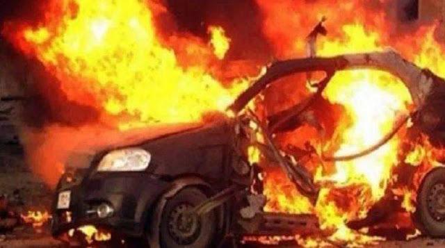 نشوب حريق فى سيارة بسبب ماس كهربائي فى البلينا بسوهاج