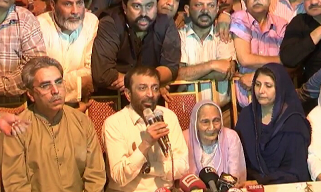 Sattar takes back decision to resign as MQM chief