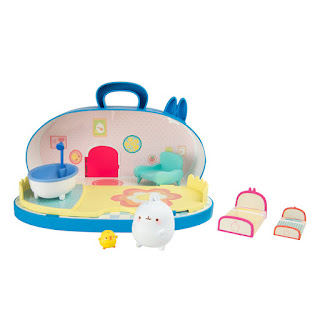 An image of the Molang Home playset with Molang and Piu Piu characters