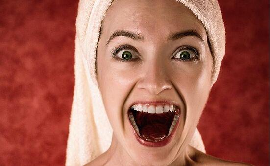 هل يؤثر ضعف صحة الفم على وظائف المخ