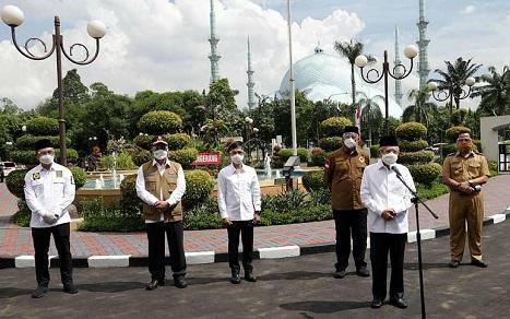 Wapres KH Ma'ruf Amin Tinjau Vaksinasi Covid-19 Di Kota Tangerang