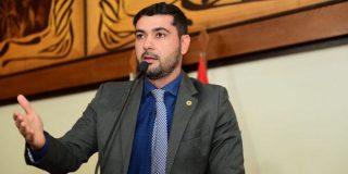 Nicolau Júnior denuncia precariedade na prestação dos serviços do Setor de Identificação em Cruzeiro do Sul